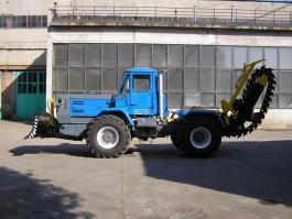 Трактор БТ-150К-09 Траншейный цепной экскаватор