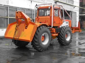 Трактор Т-150К/БКМ-630 Бурильно-крановая машина