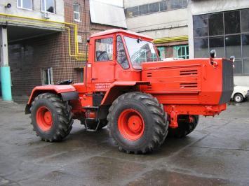 Трактор Т-158